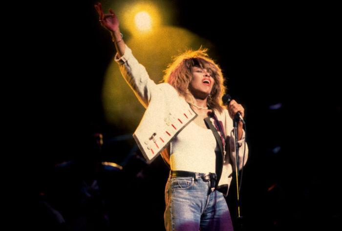 Tina Turner performs onstage at the United Center, Chicago, Illinois, October 1, 2000. Photo by Paul Natkin / Getty Images